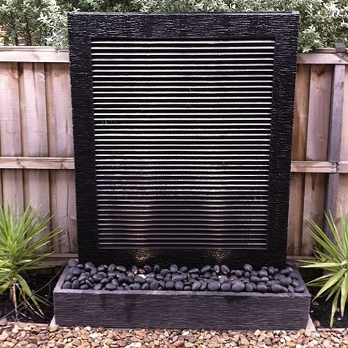 Copper Wall – Black Louver
